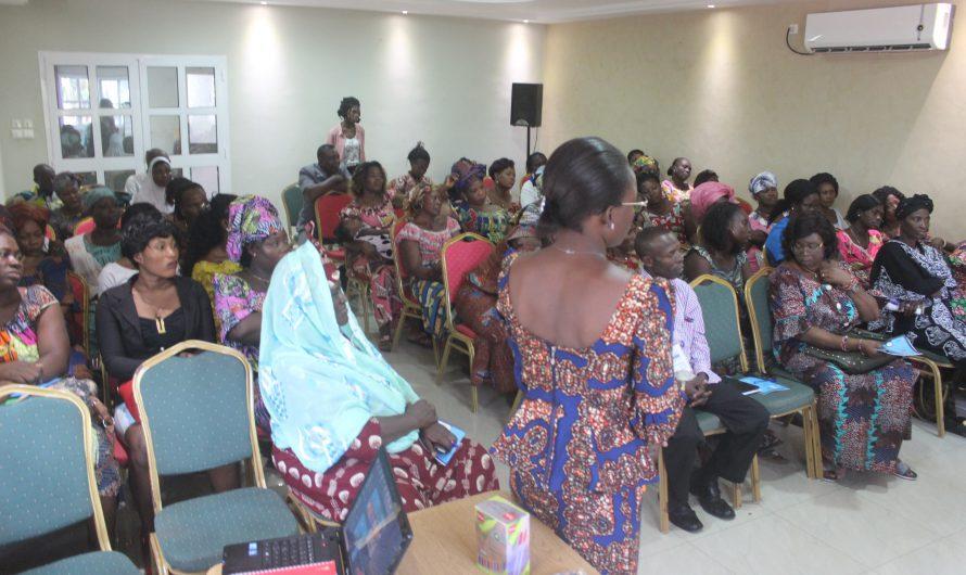 AP-Togo et les acteurs en charge de la gestion frontalière en réflexion pour baliser la voix aux commerçantes transfrontalières.